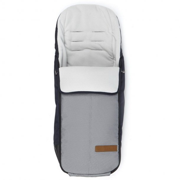 Mutsy i2 footmuff Normad White and Blue